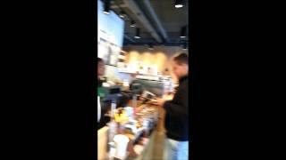 #13 Starbucks naam opgeven
