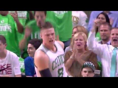 Jonas Jerebko Emphatic Putbak Dunk vs. Atlanta Hawks (04/22/2016)