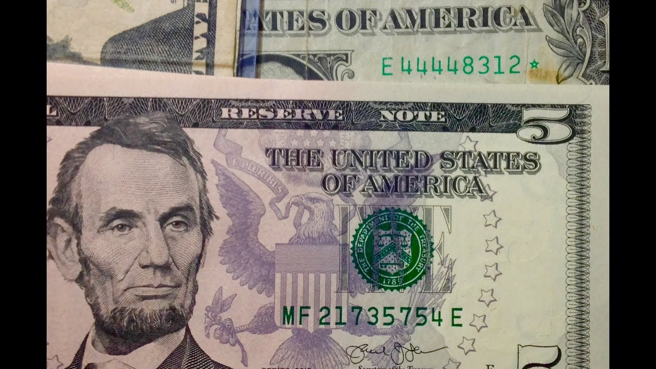 does money have serial numbers