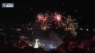Brasov - foc de artificii, la aprinderea bradului de Craciun, in Piata Sfatului