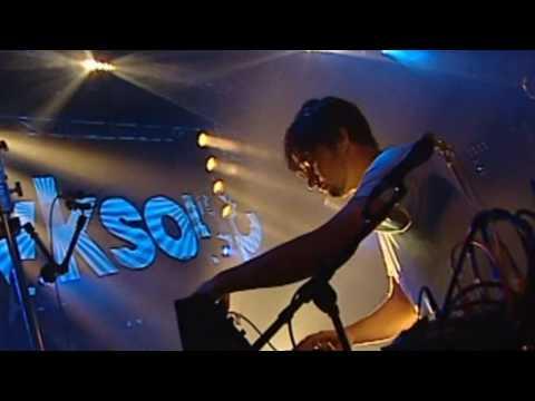 Röyksopp - What Does It Feel Like? (Röyksopp Remix) (Live from St. Malo 2002) [pt. 9/13]