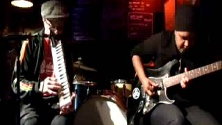 Lola Rastaquouère (Gainsbourg) - Sly and Robbie with Khalifa