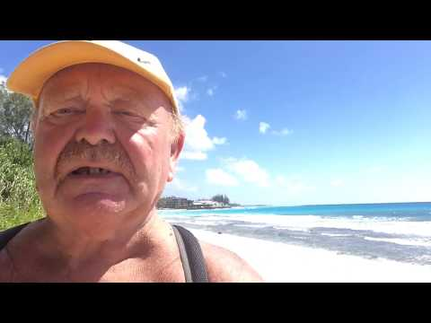 Barbados and the Boardwalk : Travel Vlog