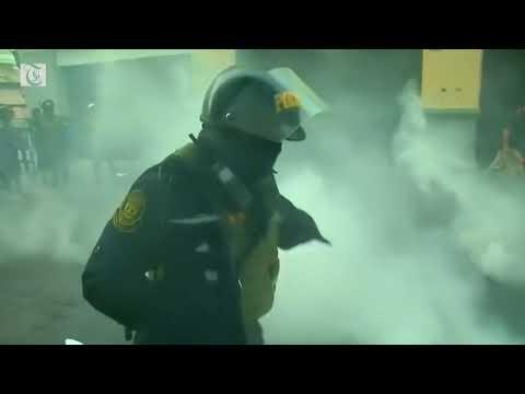 Protesters clash with police over Fujimori pardon