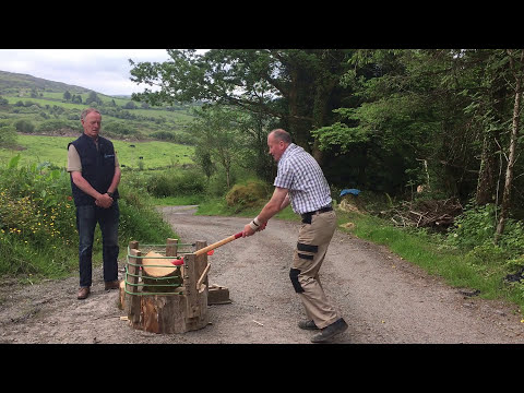How to swing an axe/maul when splitting firewood