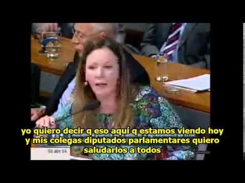 Vanessa Grazziotin responde a Maria Corina Machado