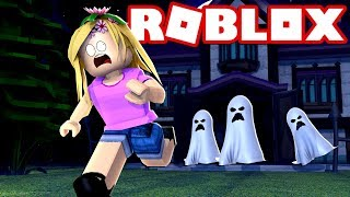 LITTLE KELLY ESCAPES A HAUNTED MANSION | Roblox w/ Little Kelly & Sharky