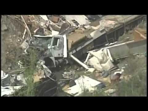 Raw Video: Deadly Motor Home Crash in Kansas