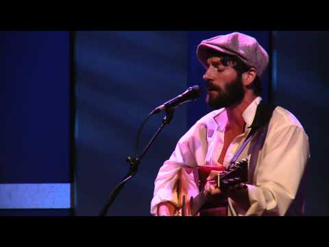 Ray LaMontagne Perfoms
