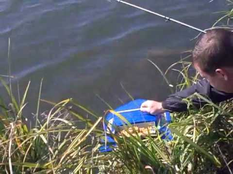 катер для рыбалки прикормки
