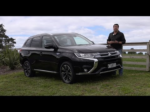 2018 Mitsubishi Outlander Plug-In Hybrid - Video Road Report