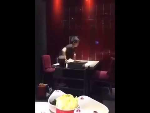 Ninja waiter / Ninja Kellner / Ниндзя официант 'Massive Green' - видео онлайн