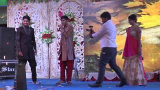 Download lagu Singing for sister /vaibhav jain/phoolon ka taaron ka/sangeet night