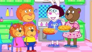Lion Family Pie Gift from Neighbors Cartoon for Kids