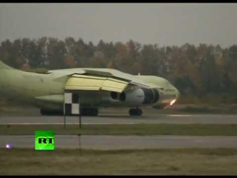 Смотреть Путину показали новый российский самолет онлайн