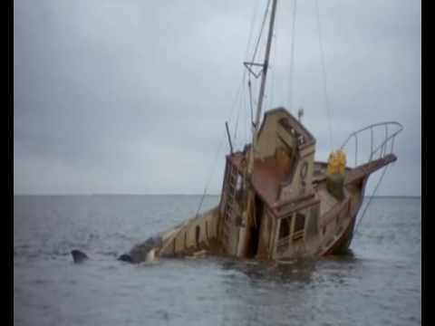 Jaws (1975) Quints Death - YouTube