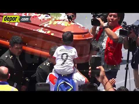 ¡Hasta siempre, Daniel!: hinchas se despidieron del periodista en el Estadio Nacional