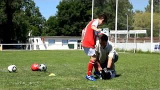 1. Детский футбол. Обучение технике. Развитие гибкости.