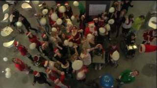 Lipdub - SPW - Santa Claus is Coming To Town