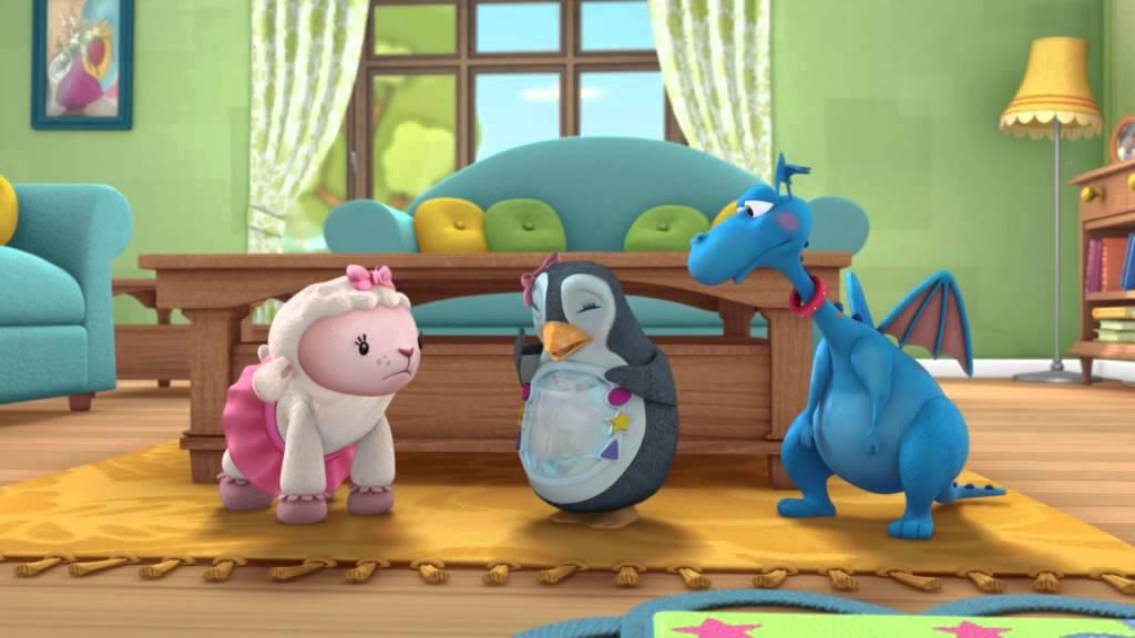 Doctorita Plusica - Babysitter. Urmariti doar la Disney Channel!