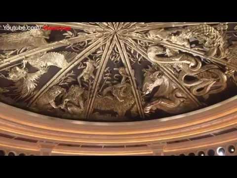 Macau China Royal House Cart,Grand Emperor,Lisboa Hotel and casinos, Fountain,Wayne Hall Dragon Show