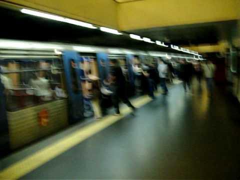 Heitor de Mogi Mirim em Lisboa no Metro.