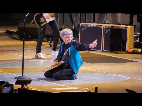 Rolling Stones - Before They Make Me Run - Milwaukee 2015 Zip Code Tour in Concert Live