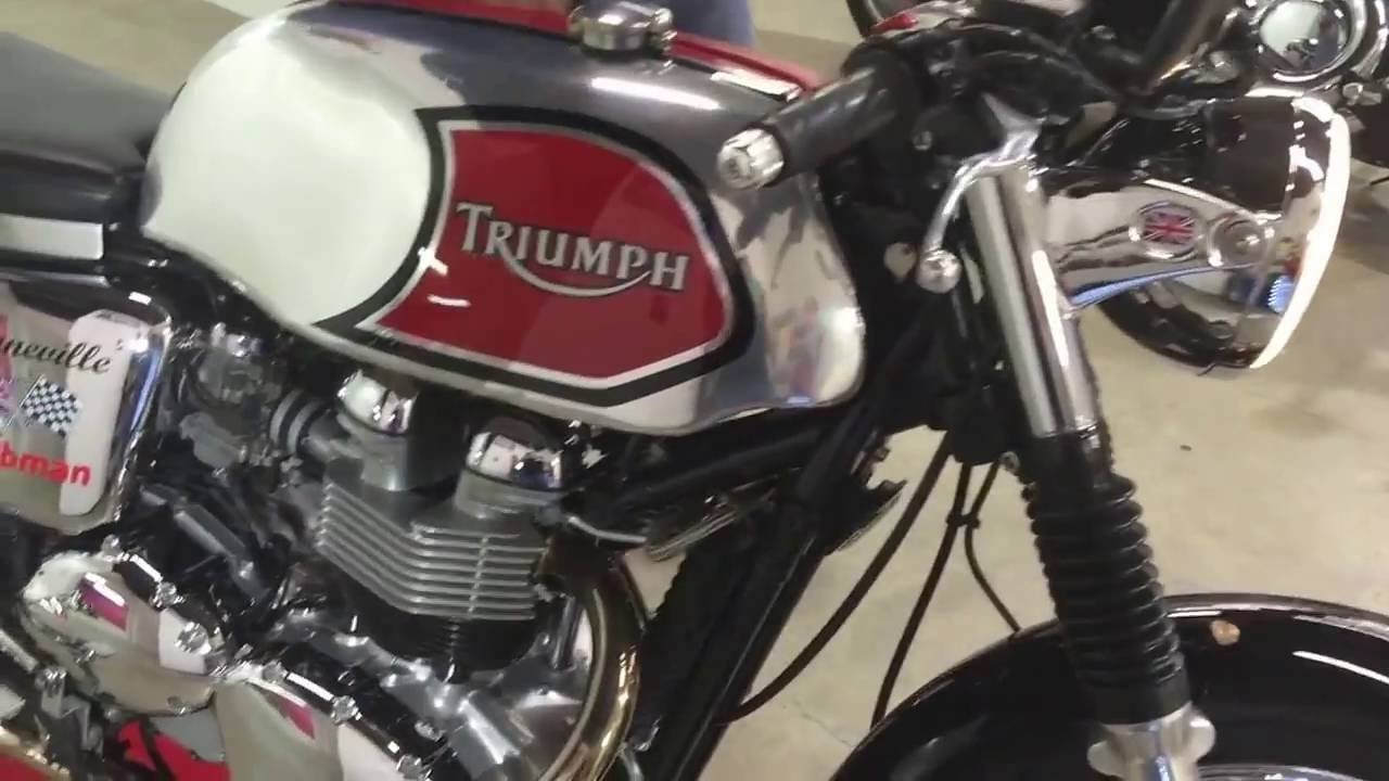 2001 Triumph Bonneville Turned Into A 1960s Style Clubman Cafe Racer