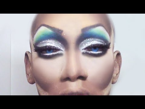 Drag Queen Eye Makeup [Minute May Day 24] - YouTube