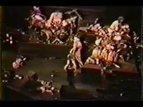 Genesis 1984.02.19 Oakland Alameda County Coliseum Arena, Oakland, CA