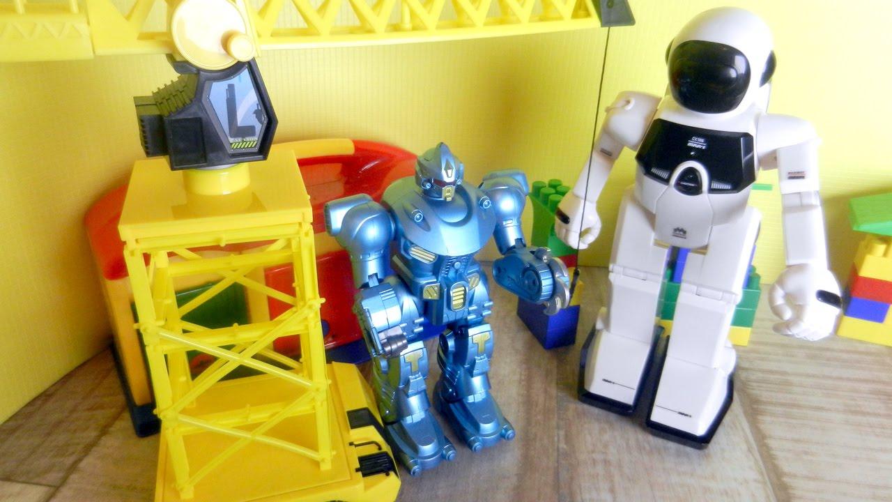 Видео для мальчиков про роботов. Робот Разрушитель и ...