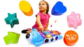 ДАДА! Развивающие игрушки для самых маленьких. Ксилофон. Игры для малышей. Учим цвета иформы