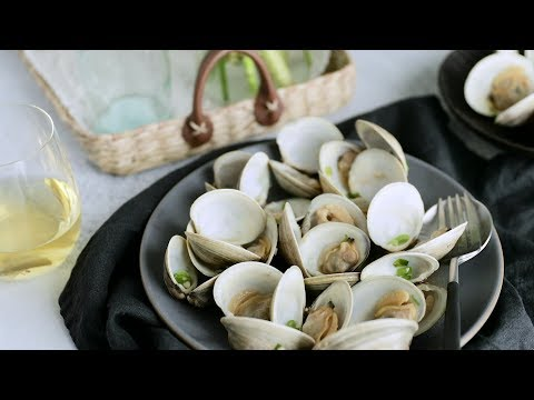 Steamed Clams With Soy Sauce Butter