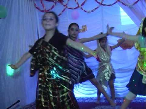 Dance indienne la grande section G.S AJYALONA
