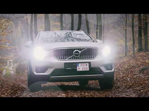 Mestské SUV Volvo XC40 vs. jesenné počasie | VOLVO CAMEA CAR