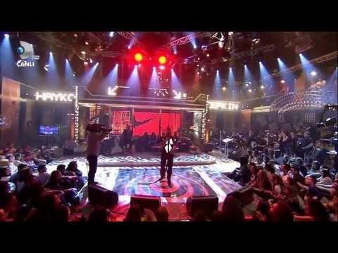 Hayko Cepkin - Aşk Kitabı (Beyaz Show 03.05.2013) HD