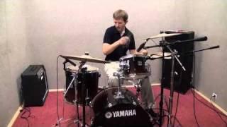 Уроки игры на барабанах(Новый проект Антона Маташева https://vk.com/zzerofeich В этом видео популярно и доходчиво описаны основные приципы,..., 2010-09-14T16:30:03.000Z)