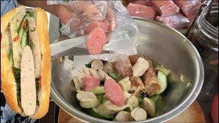 Bánh mì nem chả tự chọn ngon rẻ nhất Sài Gòn