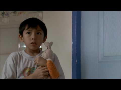 Invisible Children Excerpt 001 - YouTube