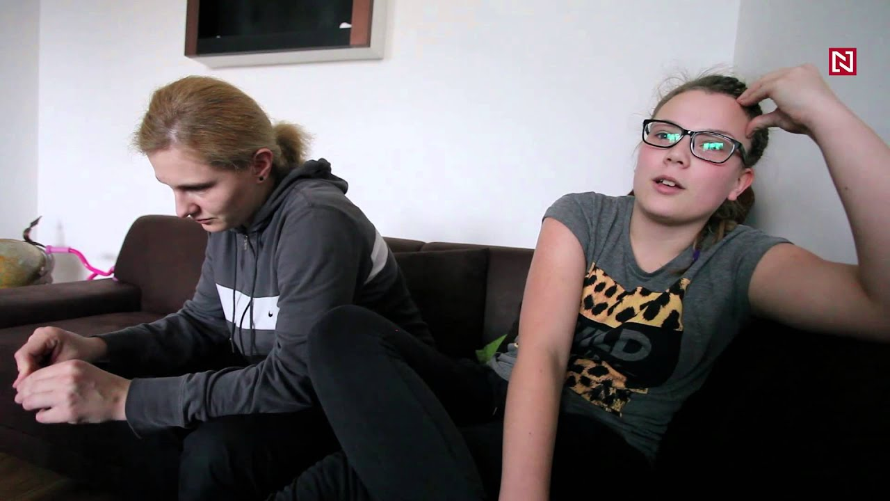 Nútené lesbičky pics