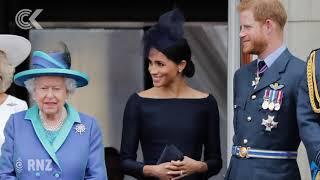 Queen cracks down on Harry, Me…