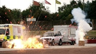 BANG! Explosive Hollywood race | Top Gear at the Movies thumbnail