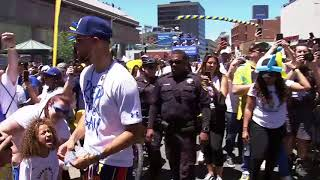 Steph Curry gets crazy with the crowd