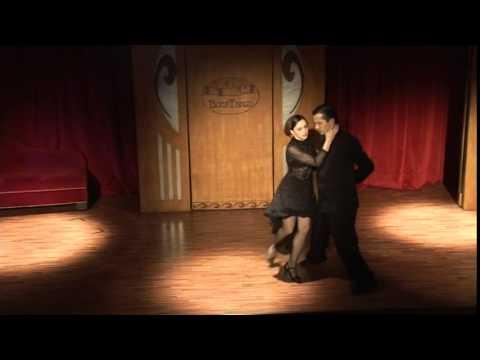 Tango Argentino HD show y baile en Boca Tango (La Boca Buenos Aires ArgentinaI)