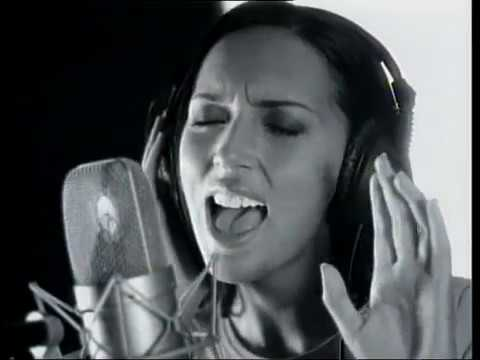 "Alsou & Enrique Iglesias - ""You are my number one"" (2000)"