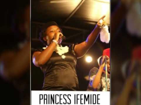 Princess Ifemide Live @Osogbo 4 TunjiKrown