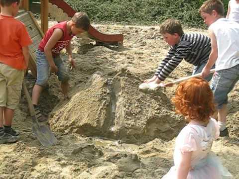 Zandbakvulkaan van Pim Frank Giel en Kylian