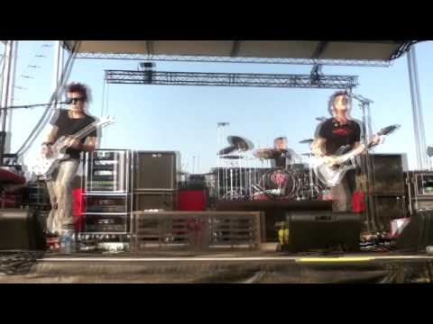 Crossfade-killing me inside Sept 13 2011, WV Motor Speedway, Bearfest,ROCK ALLEGIANCE TOUR