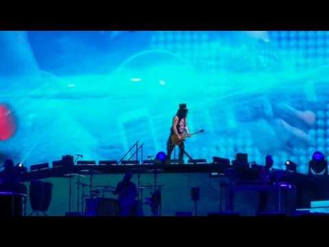 Guns N Roses - November Rain (Live in Sydney - 11/2/2017)