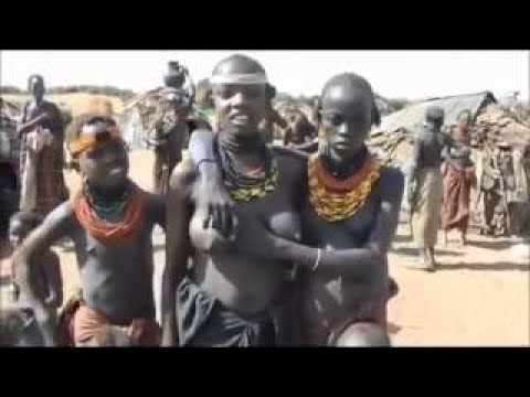 Dassanech Tribe living hard at africa